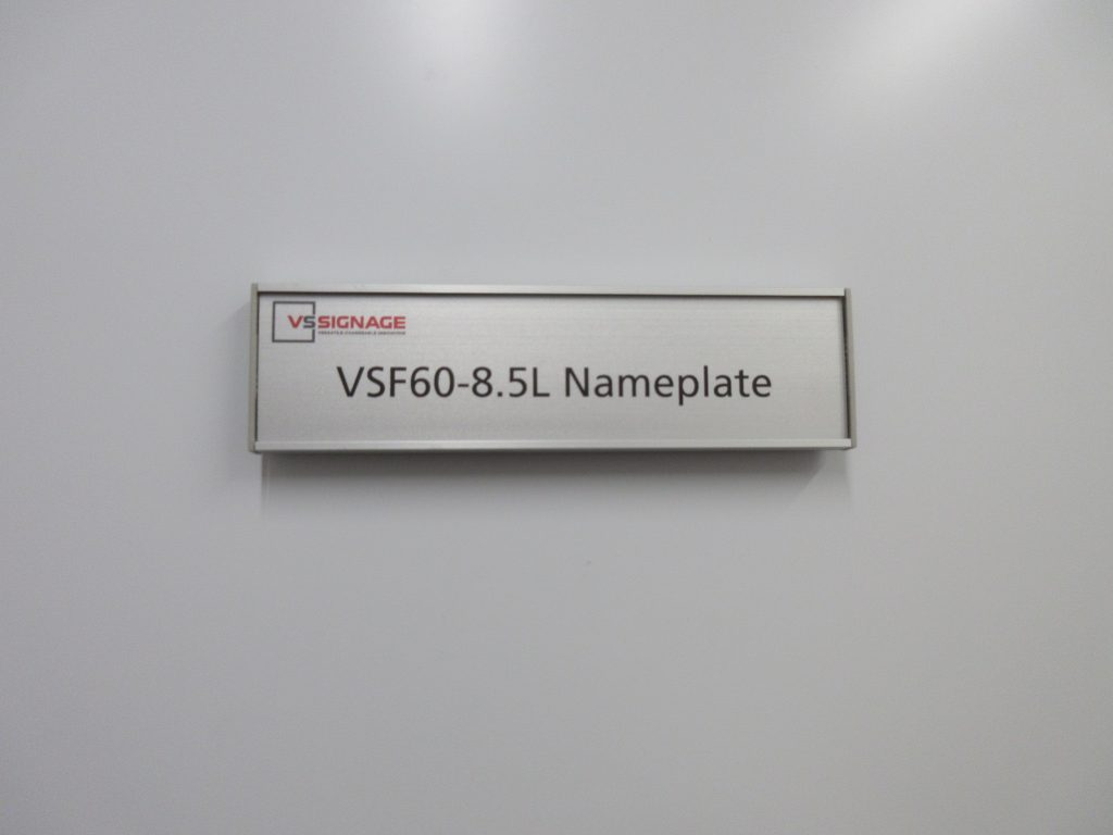 Vsf60 8 5l Name Plates Flat Vs
