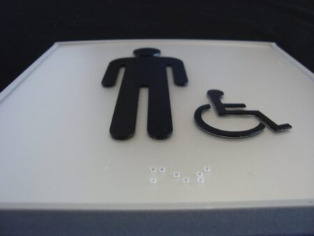VSF150-6PWB Flat Mens Washroom Sign with ADA and Braille close up