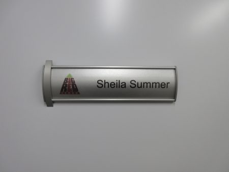 VS60-8.5L Curved Office Name Plate Curved with 10mm Silver Element with Insert