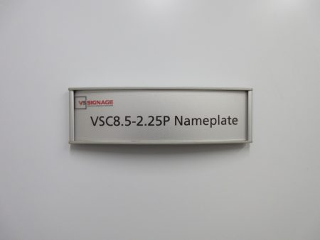 VSC8.5-2.25P Nameplate sign - Curved